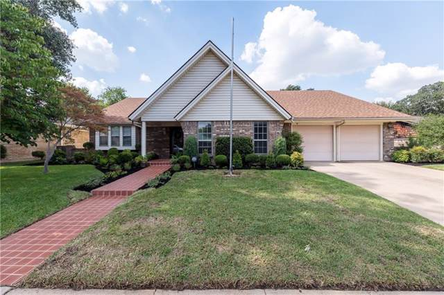 1810 Holly Oak Street, Arlington, TX 76012 (MLS #14186351) :: The Heyl Group at Keller Williams