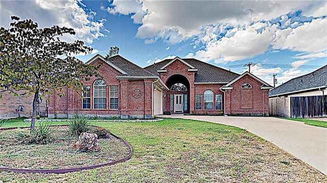 15 Enchanted Court, Mansfield, TX 76063 (MLS #14186525) :: Century 21 Judge Fite Company