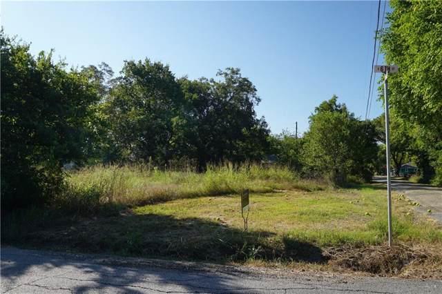 1005 S 6th Street, Bonham, TX 75418 (MLS #14187011) :: Ann Carr Real Estate