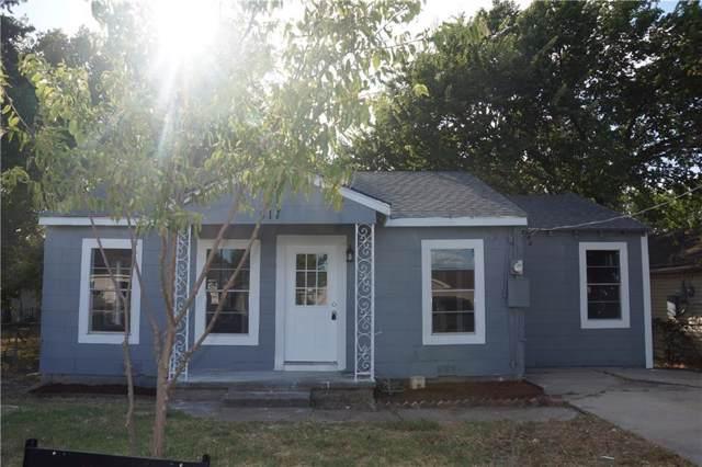 517 17th Street, Grand Prairie, TX 75050 (MLS #14187333) :: The Paula Jones Team | RE/MAX of Abilene