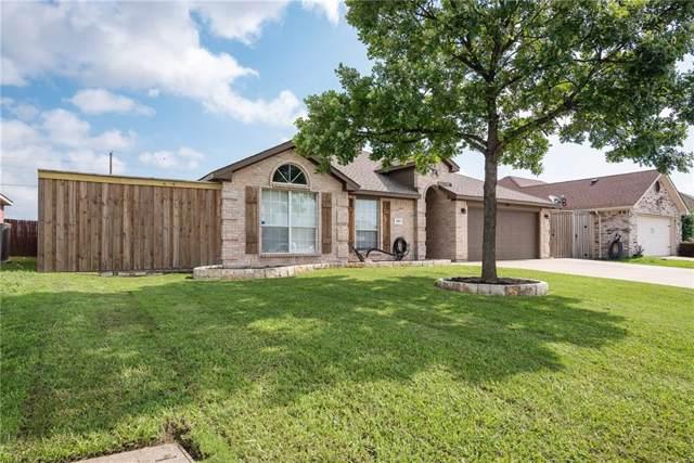 207 Cloudcroft Drive, Wylie, TX 75098 (MLS #14187377) :: The Kimberly Davis Group