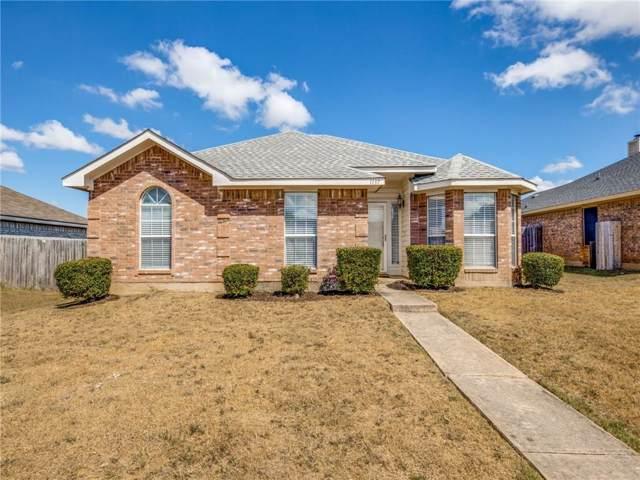 1137 Alicia Lane, Lancaster, TX 75134 (MLS #14187549) :: The Paula Jones Team | RE/MAX of Abilene