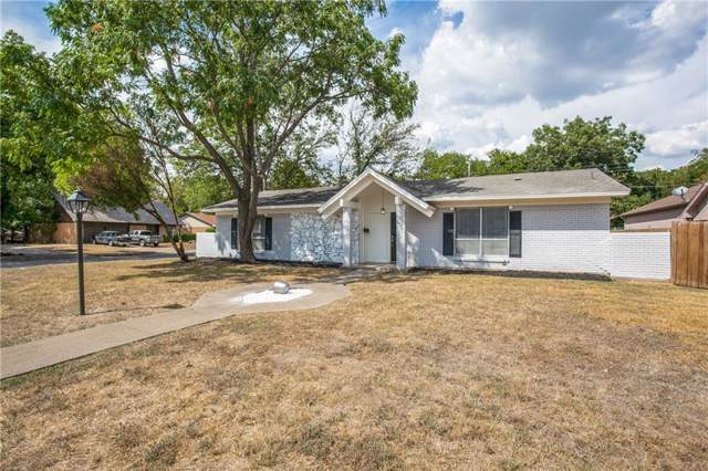 641 Cove Hollow Drive, Dallas, TX 75224 (MLS #14188012) :: Frankie Arthur Real Estate