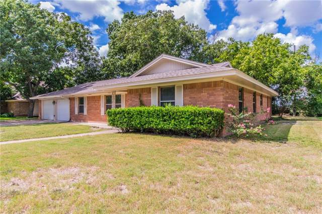 1414 Sundale Street, Ennis, TX 75119 (MLS #14188013) :: Century 21 Judge Fite Company