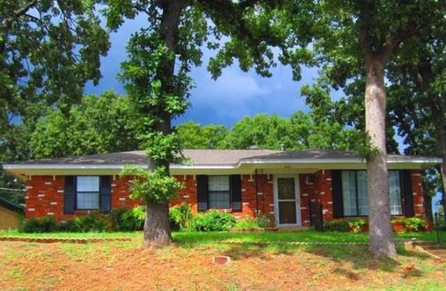901 Seymore Circle, Denison, TX 75020 (MLS #14188261) :: Van Poole Properties Group
