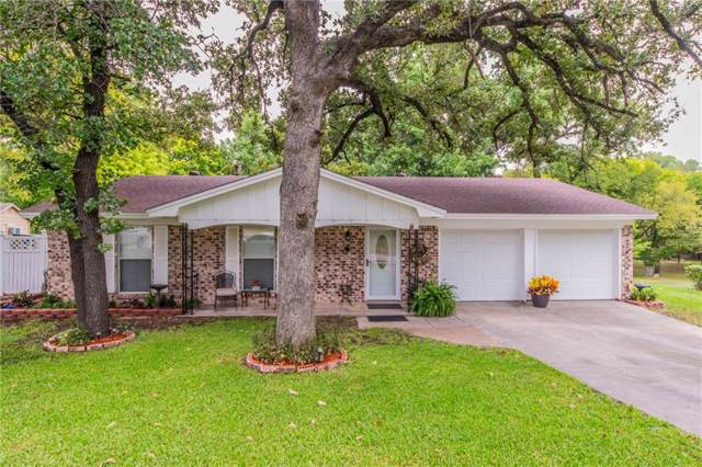 201 Glenhaven Drive, Azle, TX 76020 (MLS #14189224) :: RE/MAX Town & Country
