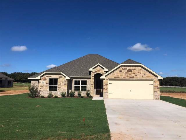 304 Courtney Circle, Granbury, TX 76049 (MLS #14189365) :: The Tierny Jordan Network