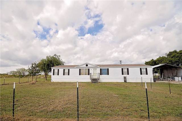 137 Emerald Glenn Lane, Pilot Point, TX 76258 (MLS #14189401) :: The Paula Jones Team | RE/MAX of Abilene