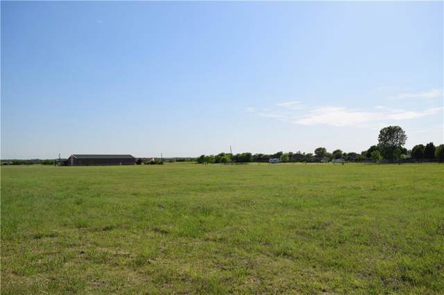 2503 S Hampton Road, Glenn Heights, TX 75154 (MLS #14189825) :: The Sarah Padgett Team
