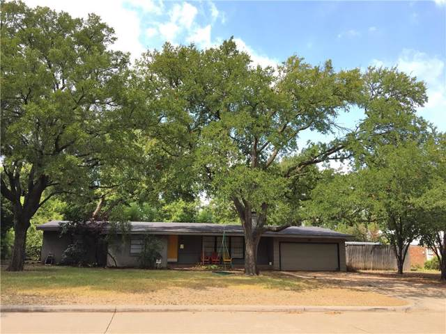 10415 Eastlawn Drive, Dallas, TX 75229 (MLS #14189826) :: All Cities Realty