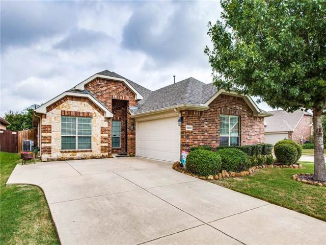 10200 Flat Creek Trail, Mckinney, TX 75072 (MLS #14190140) :: RE/MAX Town & Country