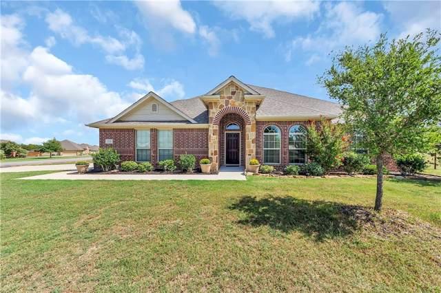 208 Highland Hills Boulevard, Decatur, TX 76234 (MLS #14190769) :: Lynn Wilson with Keller Williams DFW/Southlake