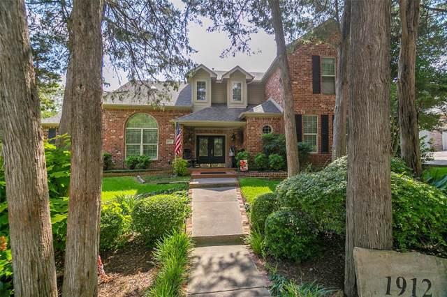 1912 Wood Dale Circle, Cedar Hill, TX 75104 (MLS #14191226) :: Keller Williams Realty