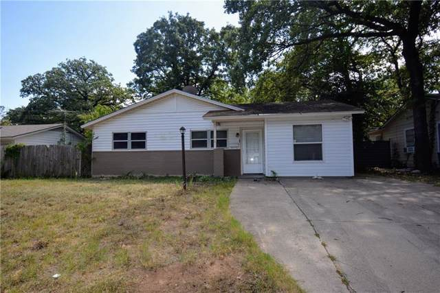 4404 Kings Oaks Lane, Fort Worth, TX 76111 (MLS #14192618) :: Kimberly Davis & Associates