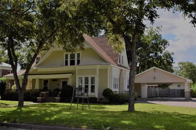 1102 S College Street, Brady, TX 76825 (MLS #14194053) :: Potts Realty Group