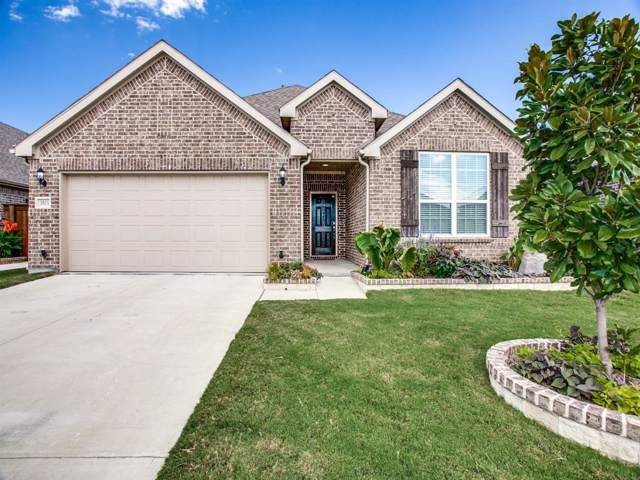 3503 Weyburn Drive, Mansfield, TX 76084 (MLS #14194389) :: RE/MAX Town & Country