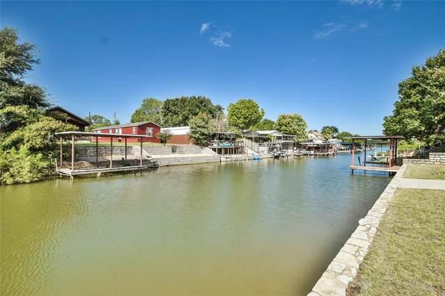 6534 Blue Water Court, Granbury, TX 76049 (MLS #14194621) :: Frankie Arthur Real Estate