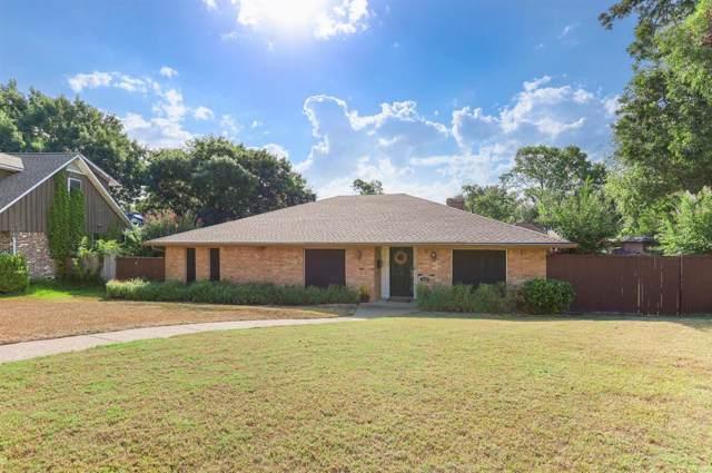 7130 Hunnicut Circle, Dallas, TX 75227 (MLS #14194889) :: The Real Estate Station