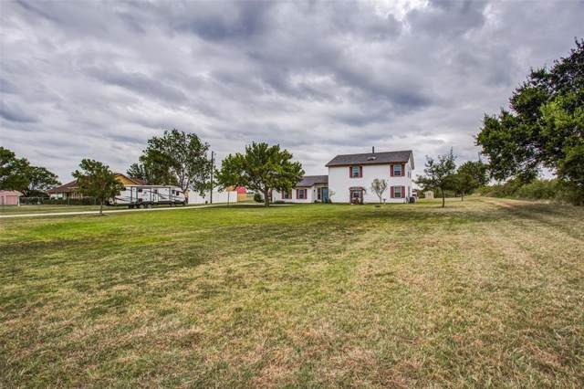 3119 Belz Road, Sanger, TX 76266 (MLS #14195162) :: Trinity Premier Properties