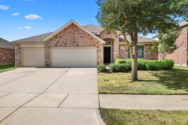 2005 Cooper Ridge Lane, Heartland, TX 75126 (MLS #14195270) :: Team Tiller