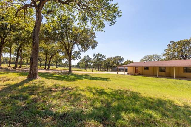 9199 Fm 455 E, Pilot Point, TX 76258 (MLS #14195594) :: RE/MAX Town & Country
