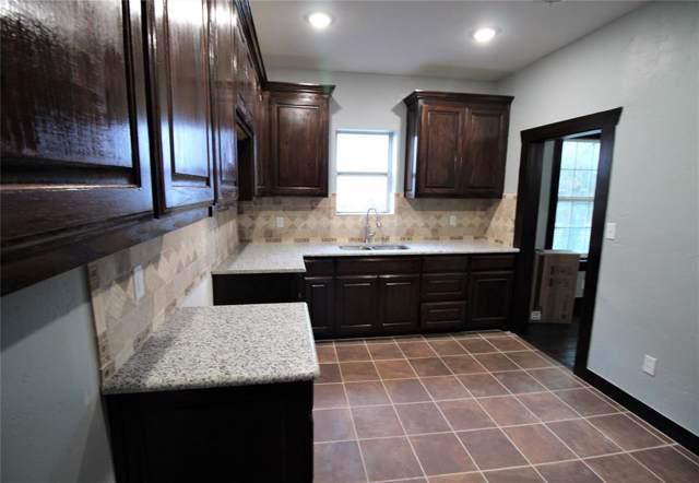 703 W Trammell Avenue, Everman, TX 76140 (MLS #14195652) :: Lynn Wilson with Keller Williams DFW/Southlake