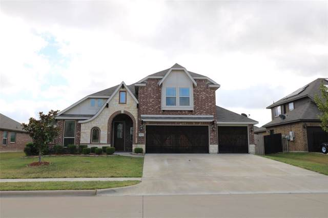 834 Graham Drive, Burleson, TX 76028 (MLS #14196021) :: The Mitchell Group