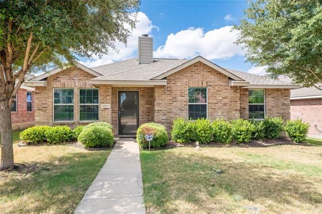 2021 Bentwood Drive, Glenn Heights, TX 75154 (MLS #14196654) :: Century 21 Judge Fite Company