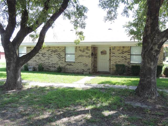 951 W Bonham Avenue, Cooper, TX 75432 (MLS #14196774) :: RE/MAX Town & Country