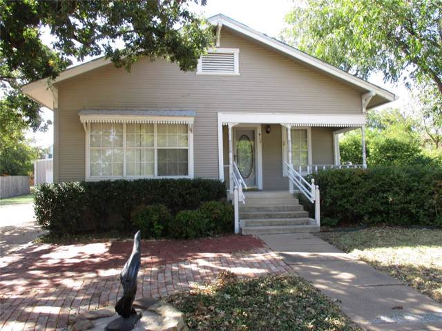 413 S Connellee, Eastland, TX 76448 (MLS #14197057) :: All Cities Realty