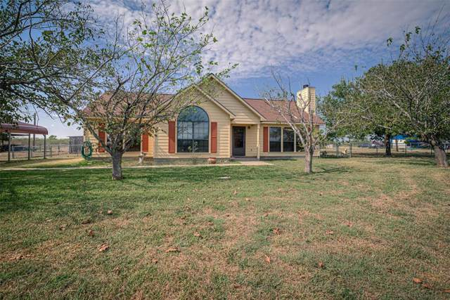 756 Fm 985, Ennis, TX 75119 (MLS #14197102) :: Vibrant Real Estate