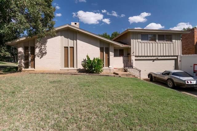1414 Glenwick Lane, Irving, TX 75060 (MLS #14197570) :: Kimberly Davis & Associates