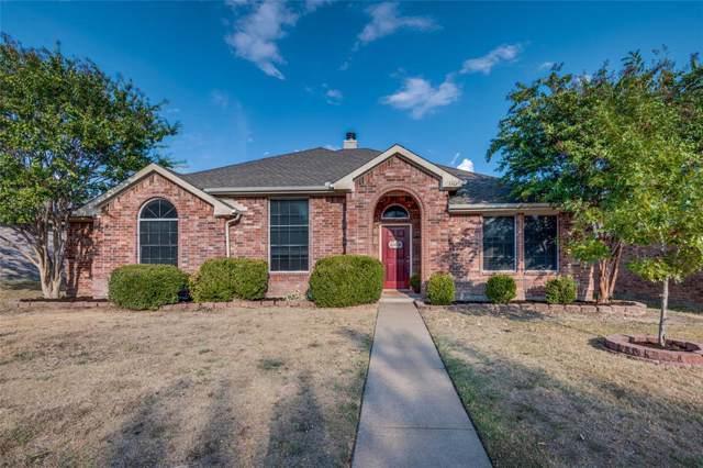110 Oak Hollow Lane, Red Oak, TX 75154 (MLS #14197945) :: The Rhodes Team