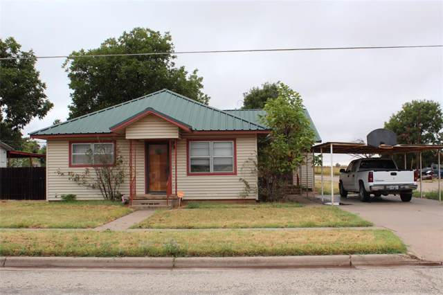841 N 3rd Avenue, Munday, TX 76371 (MLS #14198588) :: RE/MAX Town & Country