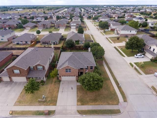 311 Eagle Drive, Krum, TX 76249 (MLS #14198592) :: The Good Home Team