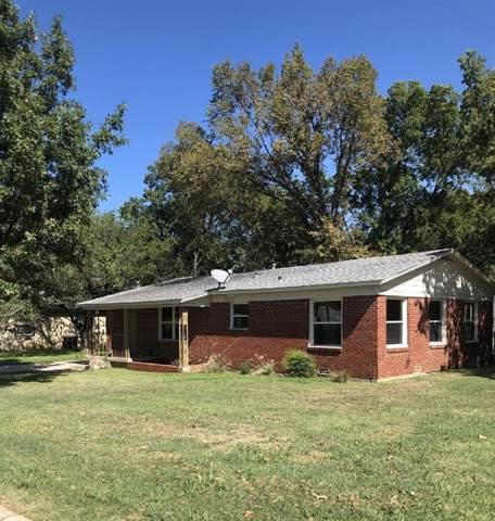 100 Tipton Street, Whitesboro, TX 76273 (MLS #14198760) :: Lynn Wilson with Keller Williams DFW/Southlake