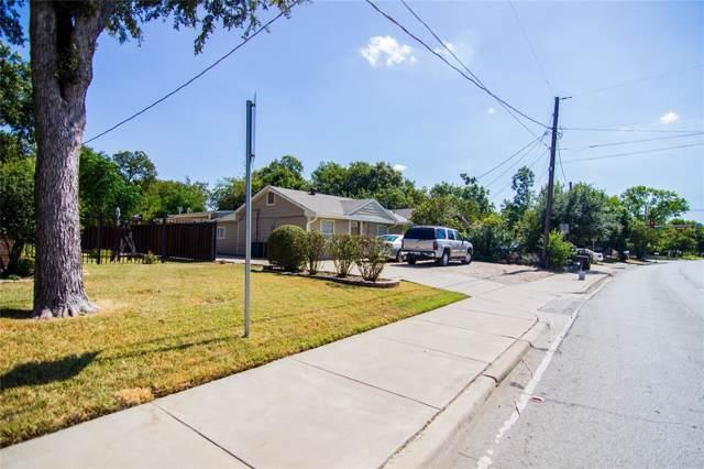 2326 SE 14th Street, Grand Prairie, TX 75051 (MLS #14199111) :: Lynn Wilson with Keller Williams DFW/Southlake