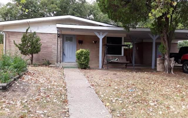 813 Camelia Court, Irving, TX 75060 (MLS #14199541) :: Kimberly Davis & Associates