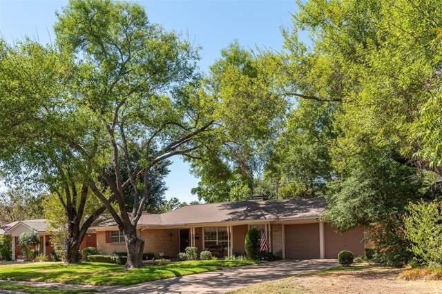 1801 Glenbrook Drive, Irving, TX 75061 (MLS #14199973) :: Lynn Wilson with Keller Williams DFW/Southlake