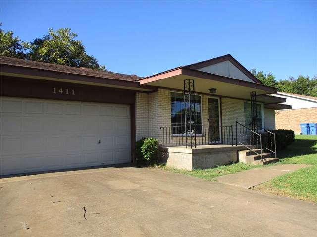 1411 Hillcrest Drive, Sherman, TX 75092 (MLS #14200391) :: Lynn Wilson with Keller Williams DFW/Southlake