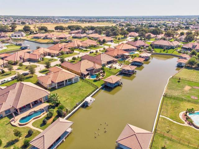 1608 Malibu Bay Court, Granbury, TX 76048 (MLS #14200662) :: Trinity Premier Properties