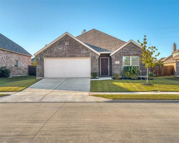 1008 Rose Garden Drive, Little Elm, TX 75068 (MLS #14201905) :: Potts Realty Group