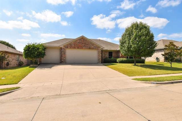 545 Barbara Jean Lane, Burleson, TX 76028 (MLS #14202079) :: RE/MAX Town & Country