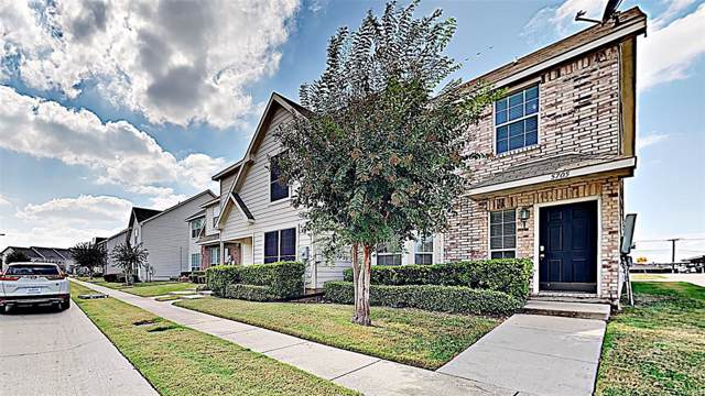 5705 Giddyup Lane, Fort Worth, TX 76179 (MLS #14202295) :: RE/MAX Town & Country