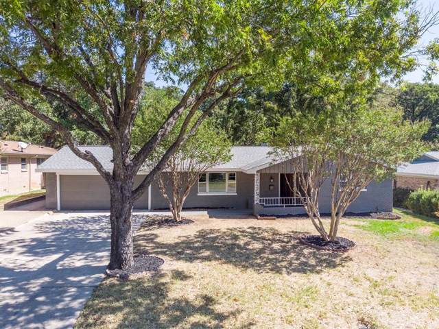 807 Oakwood Drive, Euless, TX 76040 (MLS #14202501) :: The Chad Smith Team
