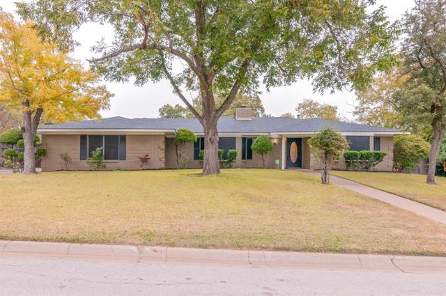 8020 Bangor Drive, Benbrook, TX 76116 (MLS #14202591) :: Potts Realty Group