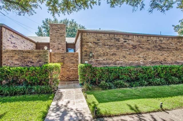 3232 San Sebastian Drive, Carrollton, TX 75006 (MLS #14202868) :: Lynn Wilson with Keller Williams DFW/Southlake