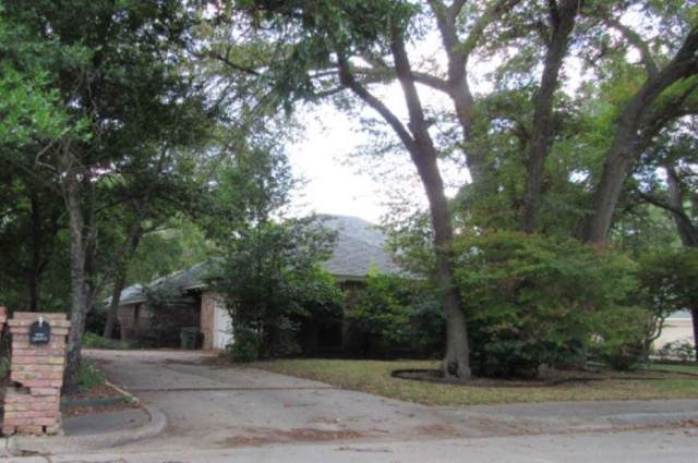 1328 Mosslake Drive, Desoto, TX 75115 (MLS #14203001) :: Century 21 Judge Fite Company
