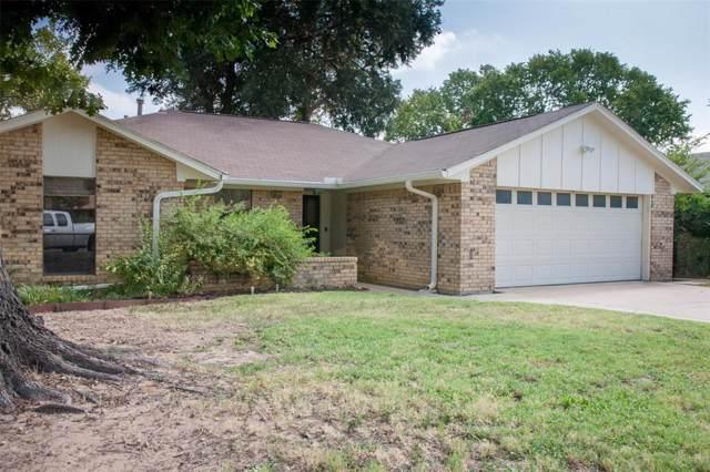 1112 Brandon Court, Irving, TX 75060 (MLS #14203082) :: Kimberly Davis & Associates