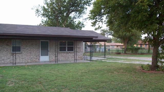 165 Olsen 3rd, Mineral Wells, TX 76067 (MLS #14203655) :: RE/MAX Town & Country